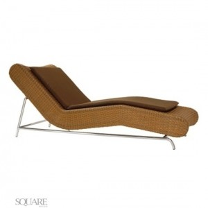 CHAISE LINA